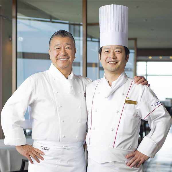 Left to right: Chef Tsutomu Ochiai (La Bettola) and Chef Nobuyuki Taguchi (L'Arco).