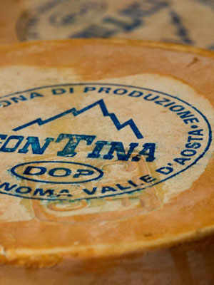 Organic Fontina Cheese of Val d'Ayas