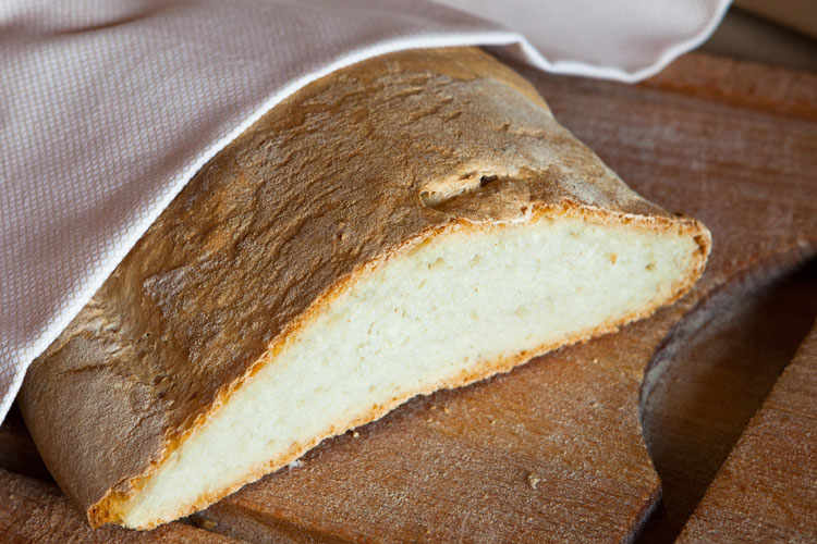 The shape of Tuscan bread is round, rectangular or ovoidal.